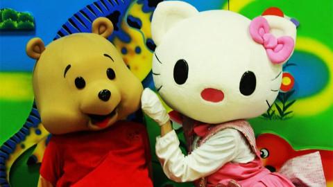 Zvrk-maskote-Hello-Kity-Winnie-Pooh